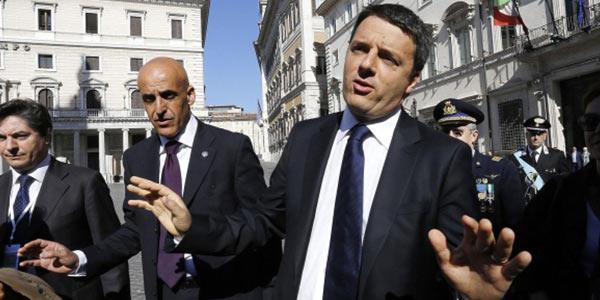 """Renzi presenta l'agenda dei """"mille giorni""""   E pensa a chi assegnare il ministero degli Esteri"""