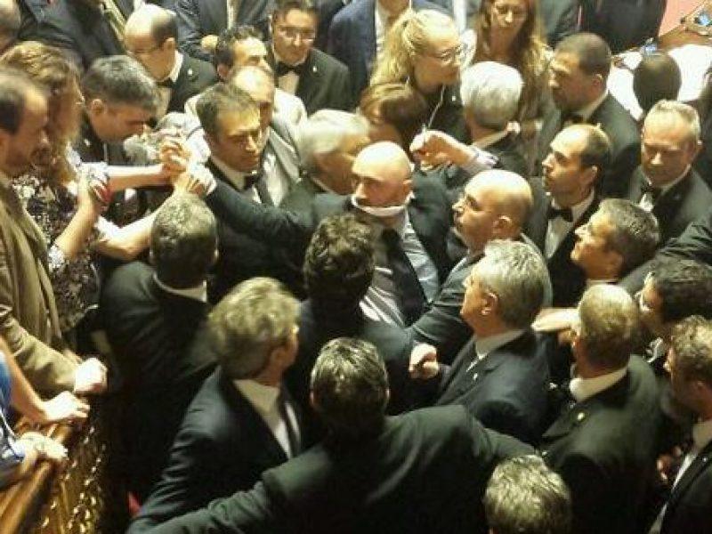 Senato il ddl riforme pronto per la votazione alla for Votazioni alla camera