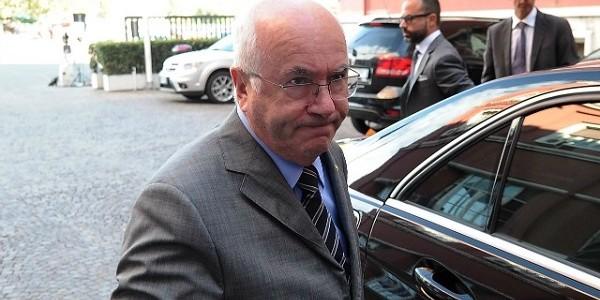 Carlo Tavecchio, dimissioni tavecchio