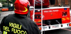 incendio roma, donna muore in incendio