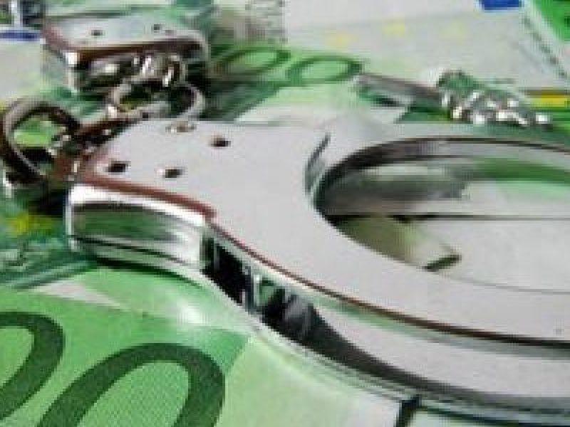 13 arresti crotone, arresti bancarotta crotone, arresti crotone, arresti fallimenti crotone
