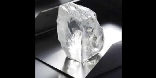Sudafrica, ecco il nuovo diamante da record: i suoi 232 carati valgono 12 milioni di euro