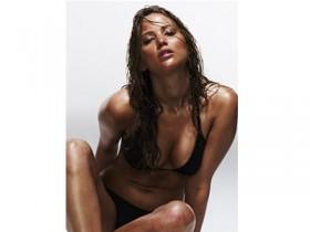 foto hot nuda jennifer lawrence hacker ruba foto su icloud