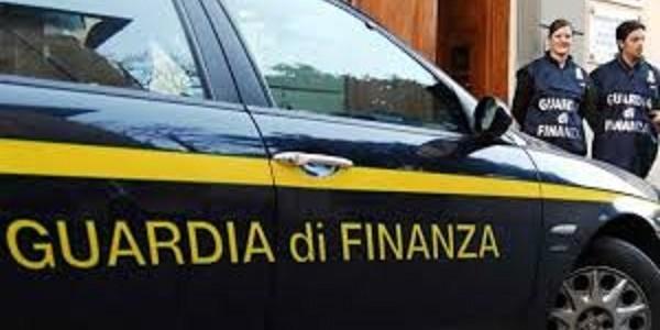 Frode fiscale, sigilli a istituto di vigilanza