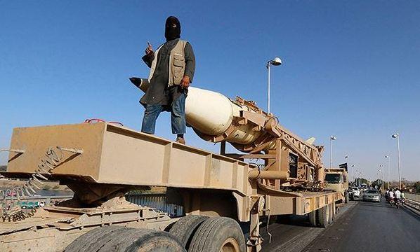 """Iraq, al via i voli francesi di ricognizione militare   Hollande: """"Appoggiare i democratici in Siria"""""""