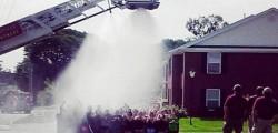 kentucky, tragedia, ice bucket, challenge, morto vigile del fuoco, muore pompiere, usa, alta tensione