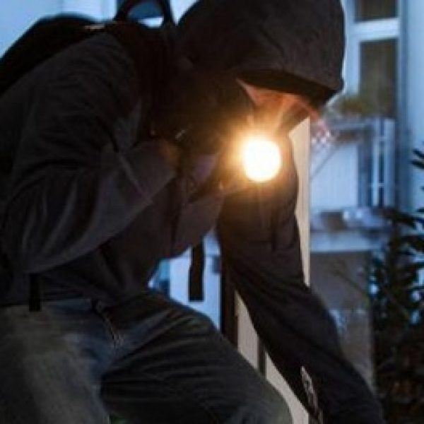 Gela, sgominata una banda di ladri: 9 arresti