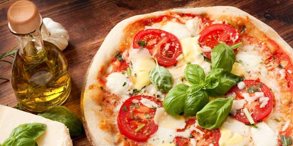 pizza patrimonio unesco, pizza candidata patrimonio unesco, italia candida pizza patrimonio unesco, perchè la pizza è candidata unesco
