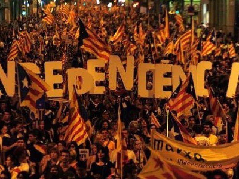 articolo 155 catalogna, catalogna, indipendenza catalogna, referendum catalogna, ultimatum catalogna, ultimatum madrid