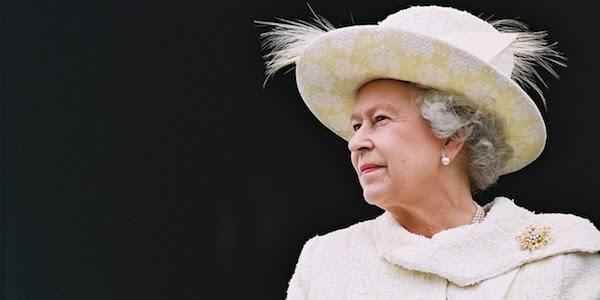 La regina Elisabetta II riappare in pubblico