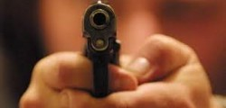 sparatoria genova, duplice omicidio genova, padre e figlio uccisi dopo sparatoria, quartiere pegli uccisi padre e figlio al termine di una lite