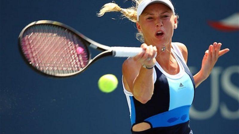 Tennis, Wozniacki e S. Williams in finale. Peng (ritirata) e Makarova sconfitte in due set