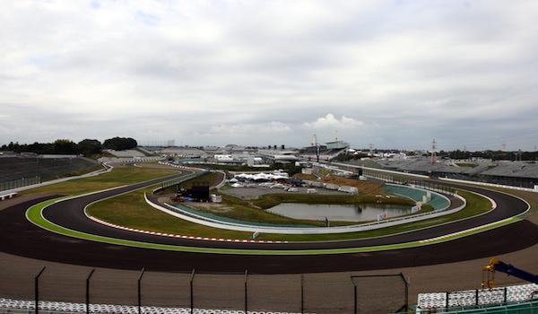 F1, Rosberg in pole. Alonso quinto, Vettel solo nono