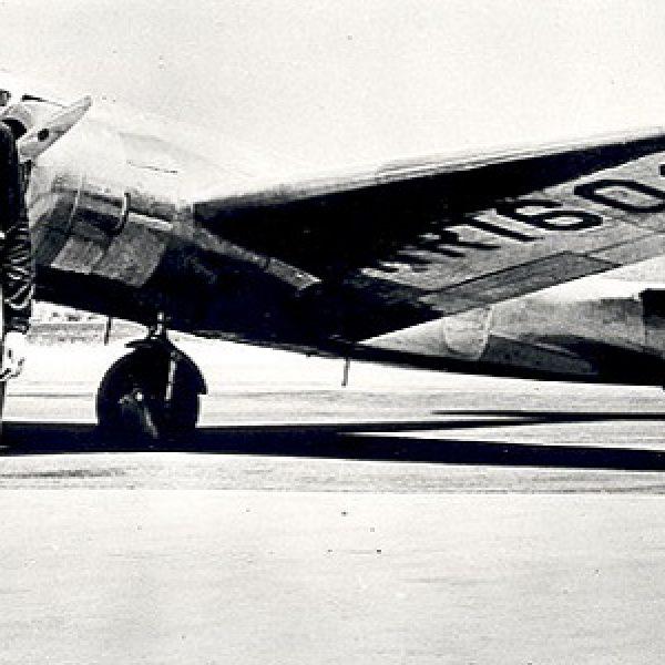 Amelia Earhart, trovato un resto dell'aereo: