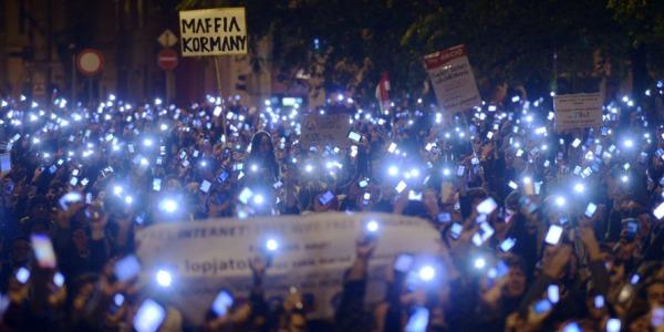 Ungheria orban rinuncia alla tassa su internet non for Tassa di soggiorno budapest