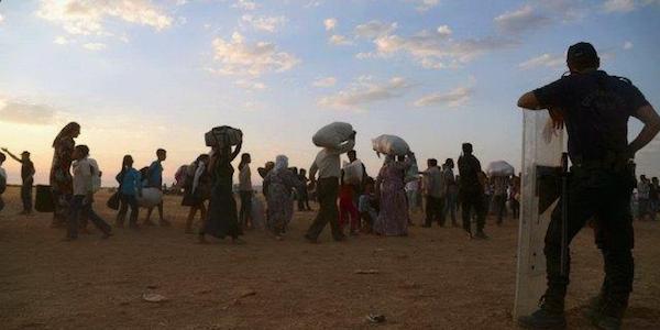 "Isis, a Kobane in Siria è un massacro | L'inviato Onu: ""Qui è come a Srebrenica"""