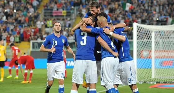 """Chiellini (doppietta) salva una brutta Italia <u><b><font color=""""#343A90"""">/FT</font></u></b> Con l'Azerbaigian si soffre fino alla fine: 2 a 1"""