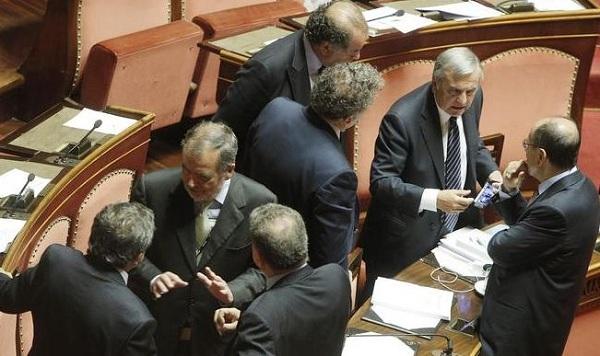 Jobs act ma chi ci capisce niente confusione al senato for Leggi approvate oggi al senato