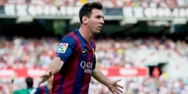Tokyo, Messi aggredito dai tifosi del River: sputi e spintoni all'asso del Barça