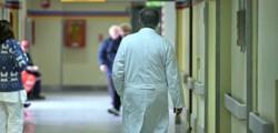 medico-corsia-ospedale