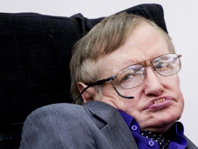 Morte di Stephen Hawking: l'incontro con Sheldon Cooper