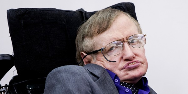 Malore per Stephen Hawking a Roma: ricoverato al policlinico Gemelli