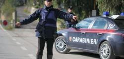 sparano a un posto di blocco carabiniere ferito