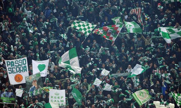 L'Avellino vince ancora: 2 a 0 all'Entella. Decidono Trotta e Castaldo, Tesser aggancia Aglietti