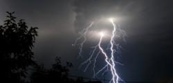 alluvione Livorno, danni maltempo Livorno, Livorno, maltempo Italia, maltempo livorno, meteo italia, meteo Livorno, nubifragio Livorno, tromba d'aria
