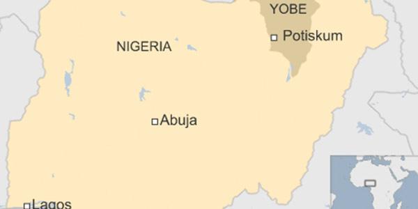 Nigeria, kamikaze fa una strage in un liceo | Si fa esplodere al momento dell'appello