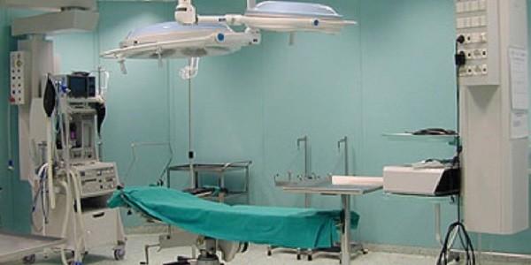 Litigio tra medici per la sala operatoria. La bimba nacque morta