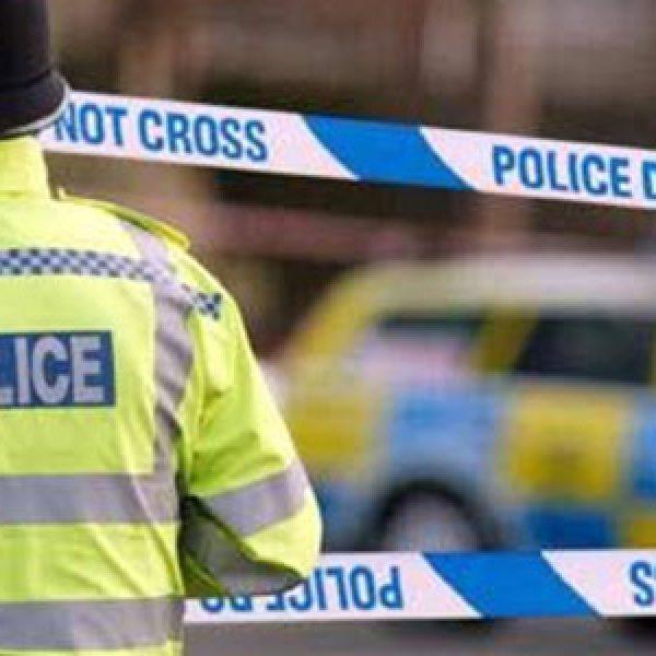 Londra, uomo armato fermato a Westminster | Aveva con sé due coltelli, non si registrano feriti