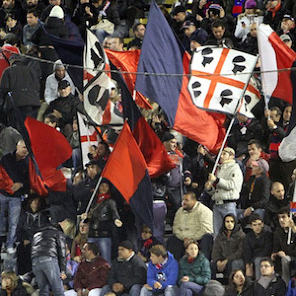Il Cagliari affossa all'ultimo il Milan (2 – 1). Paletta si fa espellere, Pisacane segna allo scadere