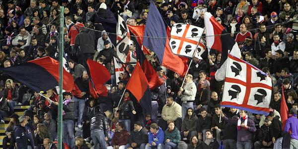 Serie B, il Cagliari si arrende alle reti di Calaiò e Piccolo (1-2). Lo Spezia vola al terzo posto