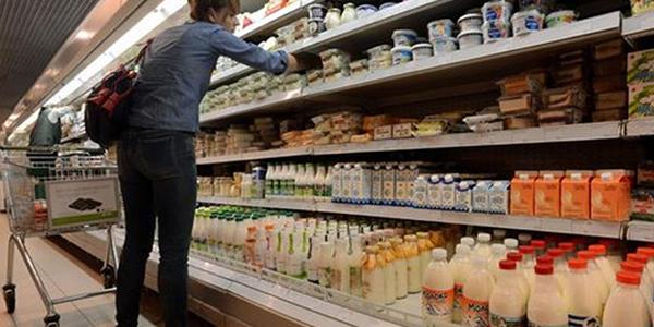 Istat, sale la fiducia dei consumatori a marzo | Cala l'indice delle imprese italiane