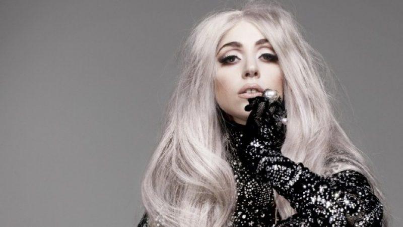 """Lady Gaga si confessa: """"Sono stata violentata a 19 anni"""""""