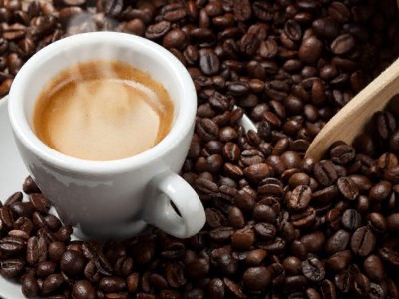 Bere caffè un rimedio naturale contro il Parkinson