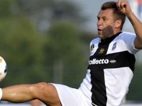Cassano, Cassano attacca il Parma, Parma, Cassano al Bari, Antonio Cassano, Cassano rescinde con il Parma