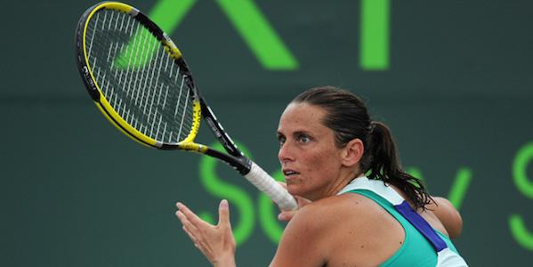 Tennis, Madrid: Vinci eliminata dalla Halep. Avanti Murray, Thiem e Goffin