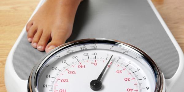 Perdere peso dopo i 60 anni, possibile segnale di un tumore