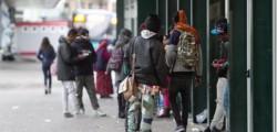 catania nicolosi arrestata baby gang fratelli 14 15 anni rapina invalido