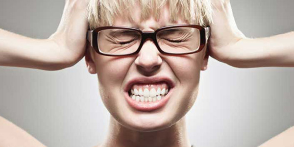 Sindrome premestruale, i cibi anti-dolore e quelli da evitare