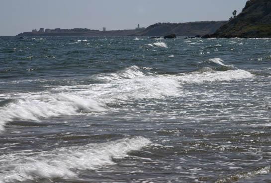 Ascoli, gioca con il figlio a mare: muore annegato | Inutili i tentativi di rianimazione dei bagnini