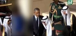 michelle-obama-senza-velo-oscurata-dalla-tv-araba