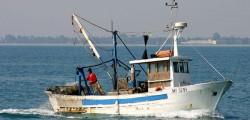 assalto peschereccio, guerra del pesce, pescherecci assaltati, pescherecci mazara del vallo, spari pescherecci mazara
