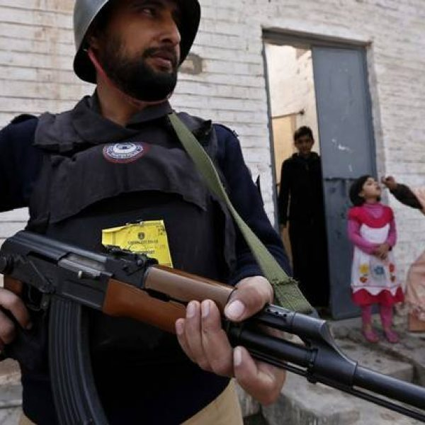 attentato Pakistan, due morti Pakistan, esplosione Ghalanai, Ghalanai, pakistan, terrorismo Pakistan