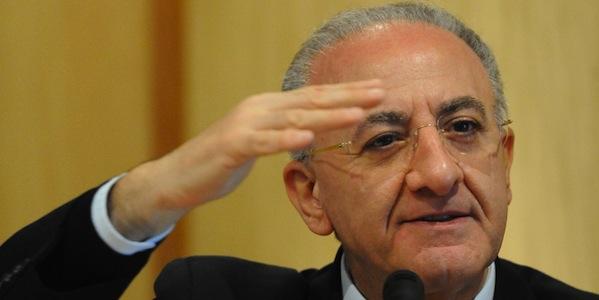 Campania, accolto il ricorso di De Luca | L'esponente Pd resta governatore