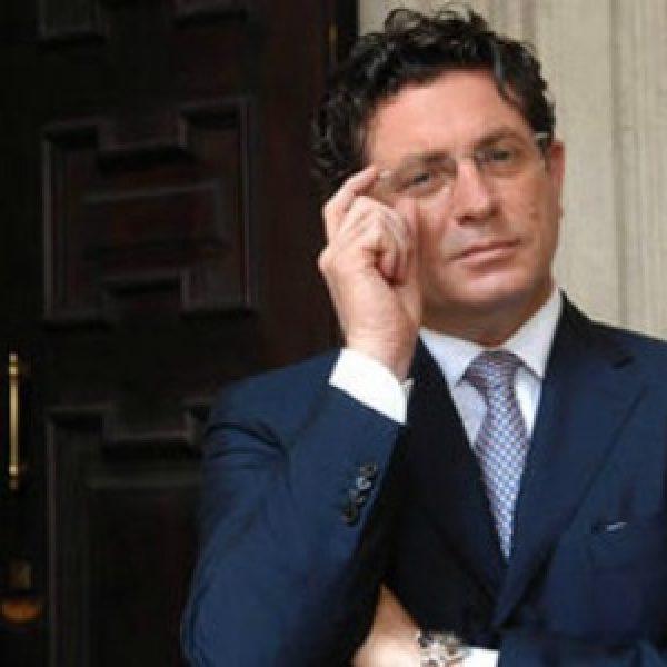 Corruzione, arrestato l'imprenditore Montante. Indagato Renato Schifani