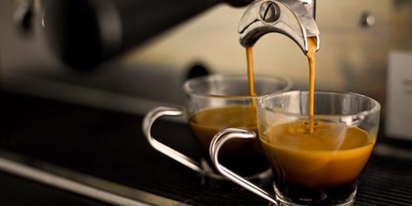 il caffè aiuterà a perdere peso