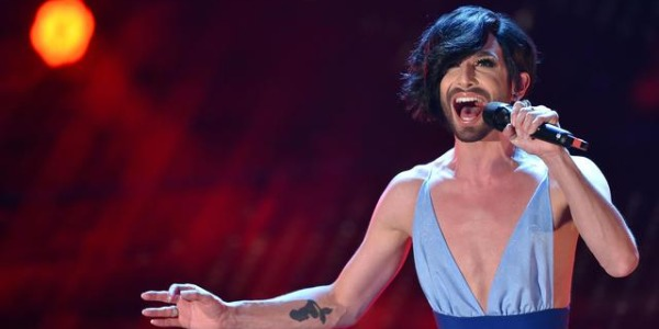 "Sanremo 2015, Conchita Wurst sul palco dell'Ariston /<u><b><font color=""#343A90"">VIDEO</font></u></b>"